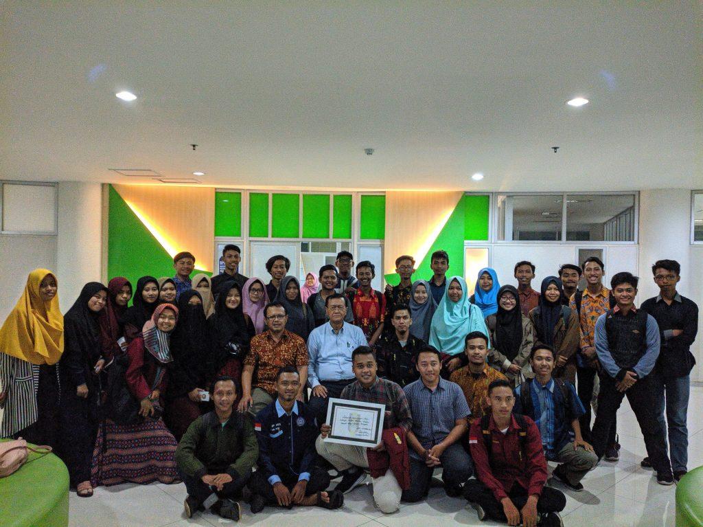 Sinergi Menghadapi Muktamar Muhammadiyah ke 48 Pimpinan Cabang Ikatan Mahasiswa Muhammadiyah Surakarta, Sukoharjo, dan Karanganyar Adakan Diskusi Dengan Tokoh Pendiri IMM